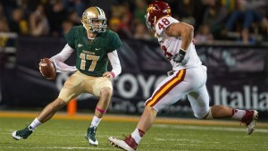 Baylor QB Seth Russell (17) scrambles away from an Iowa State defender (Jerome Miron - USA TODAY Sports)